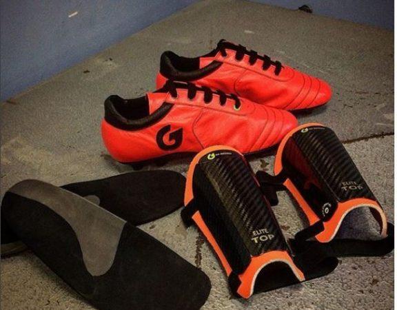Parastinchi-e-scarpe-personalizzati-Pietro04